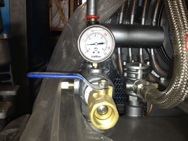 10_1_industrial_piston_air_compressor_3