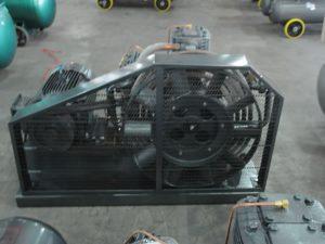 10_1_industrial_piston_air_compressor_5