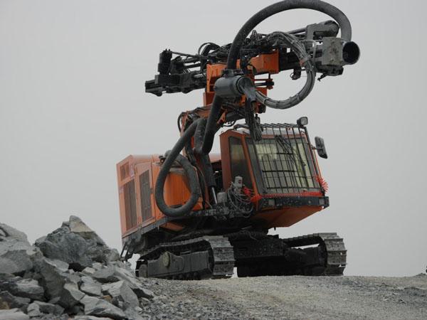 17_2_hydraulic_top_hammer_drilling_rig_11