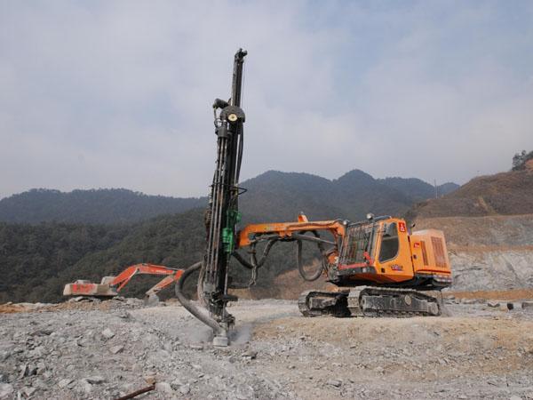 17_2_hydraulic_top_hammer_drilling_rig_13