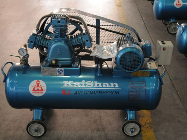 10_2_industrial_piston_air_compressor_1