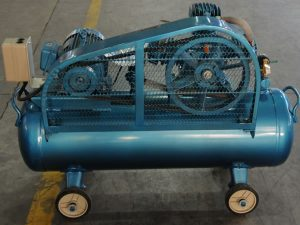 10_2_industrial_piston_air_compressor_2