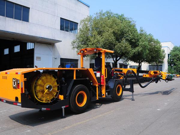 17_1_hydraulic_top_hammer_drilling_rig_02