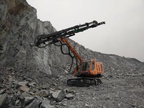 17_2_hydraulic_top_hammer_drilling_rig_12